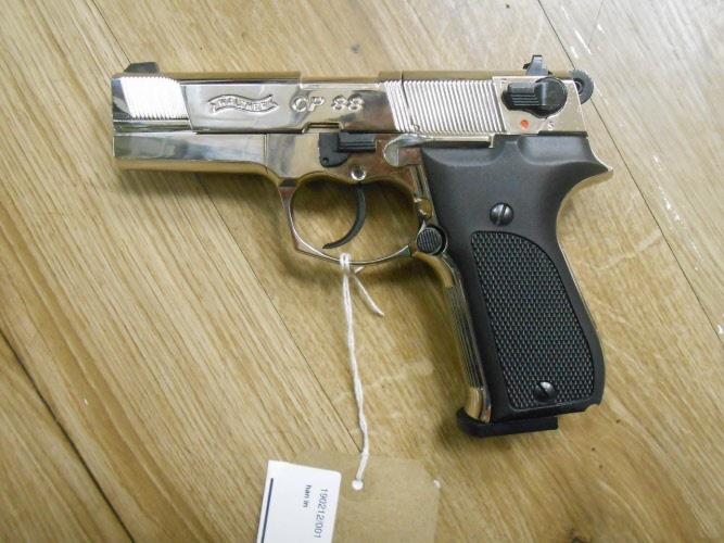 190212/001  177 Umarex Walther CP88 Chrome